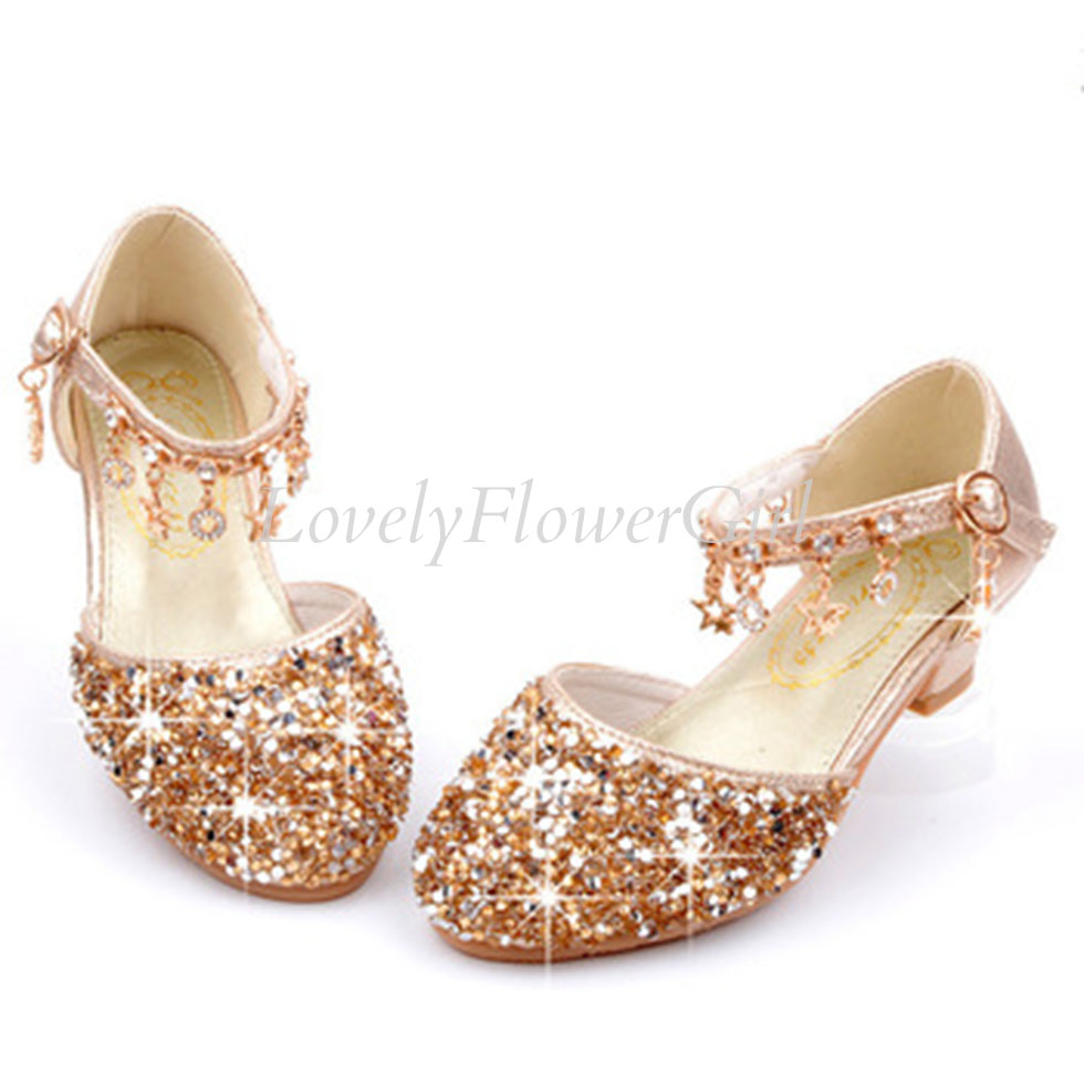 Flower Girls Closed Toe Short Heel Shoes