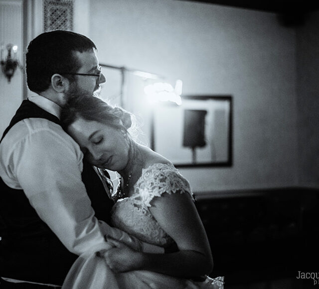 Chris and Carolyn – Romantic Brierwood Country Club Wedding Photos, Hamburg NY