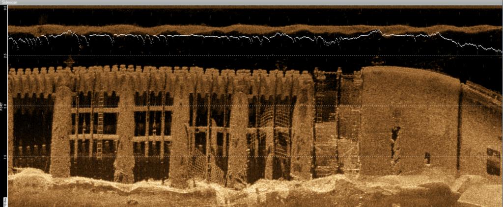 Harbor wall scan using Side Scan Sonar