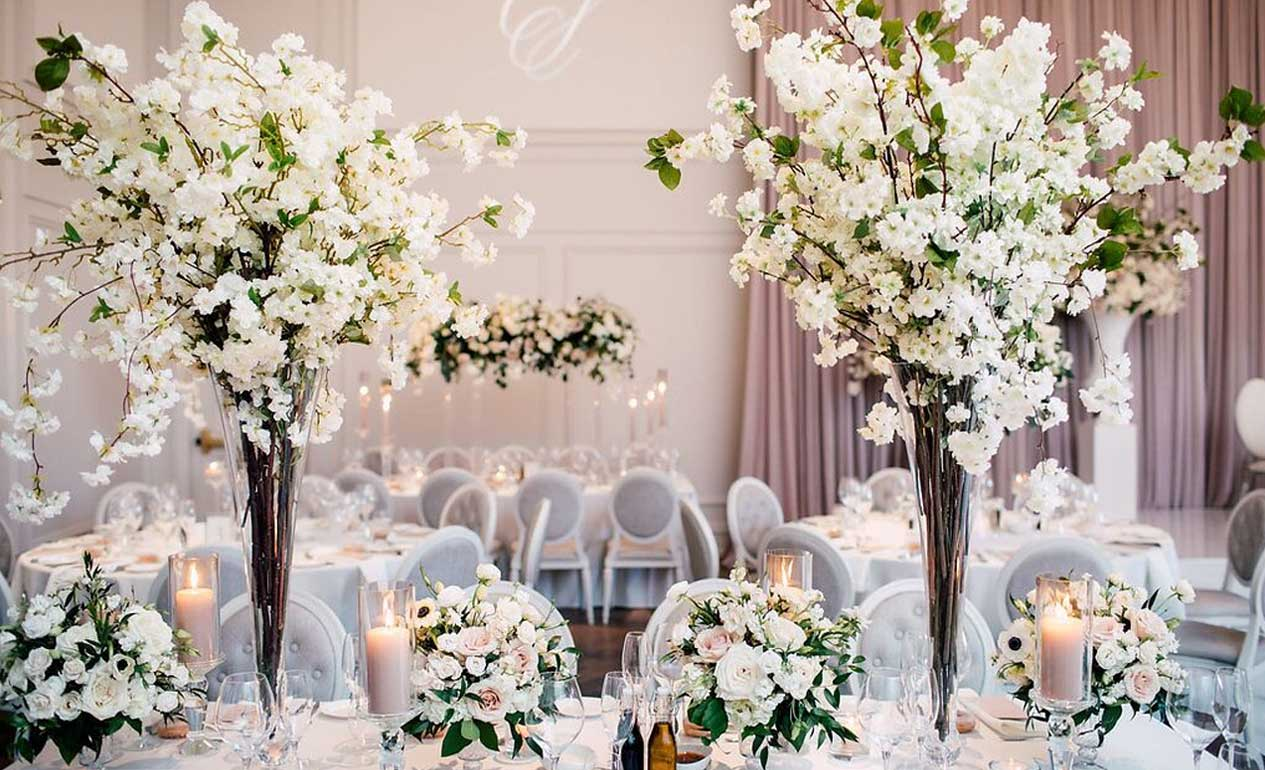 Gorgeous spring bloom centrepieces