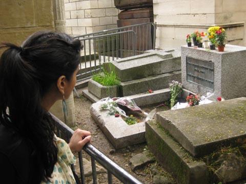 歌手/词曲作者吉姆·莫里森的坟墓