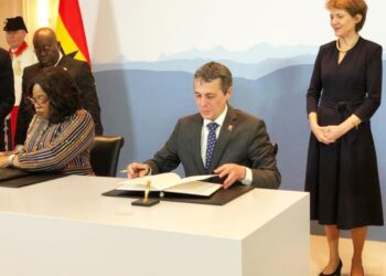 Switzerland and Ghana sign historic agreement for Climate Action