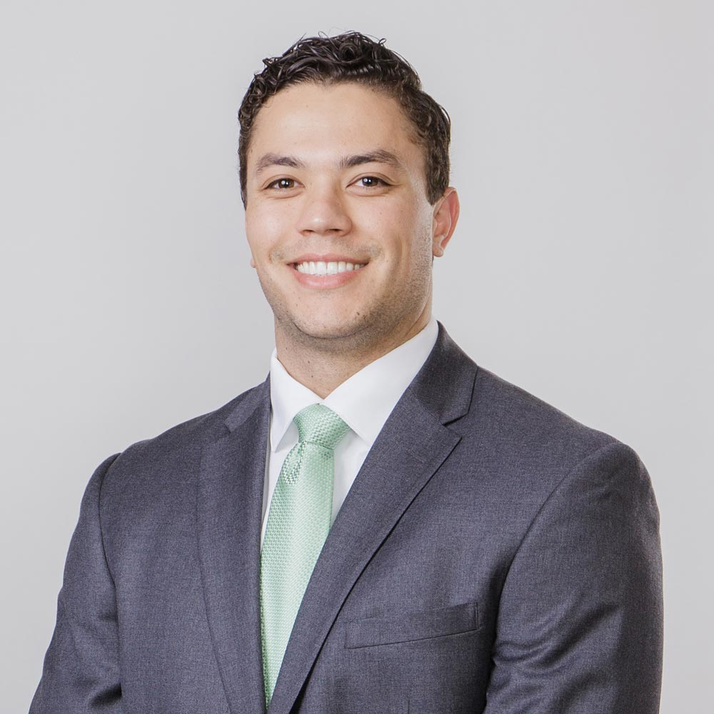 Financial Advisor in San Diego Alex Okugawa