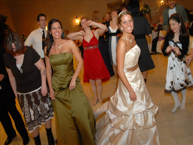 Bride dancing at a utah wedding