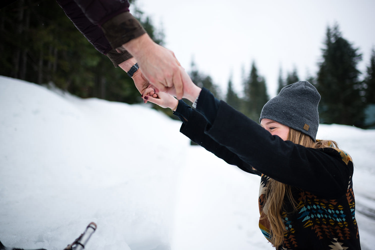 Snowshoe engagement session at Snoqualmie Pass outside Seattle