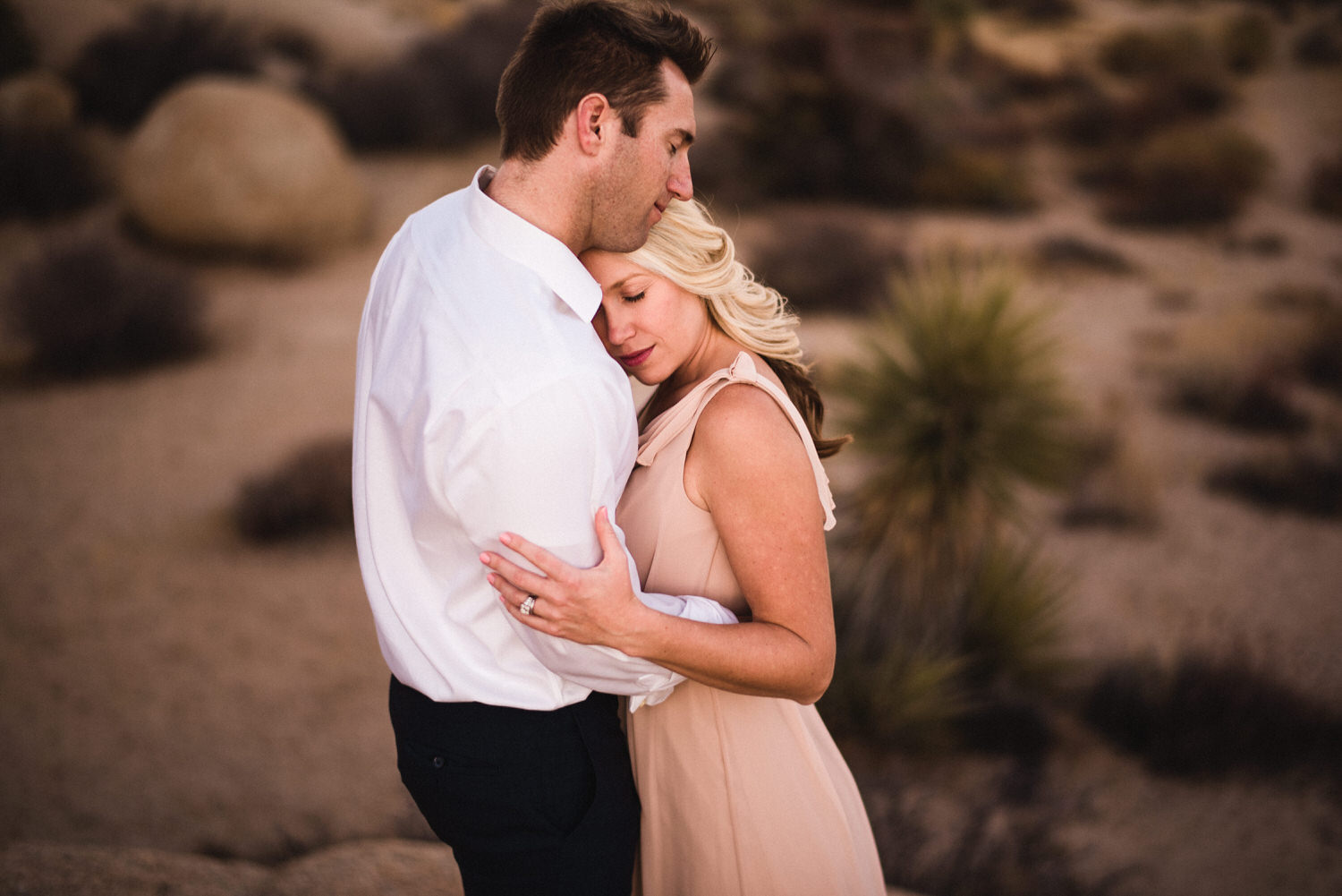 Tucson engagement photography in the desert