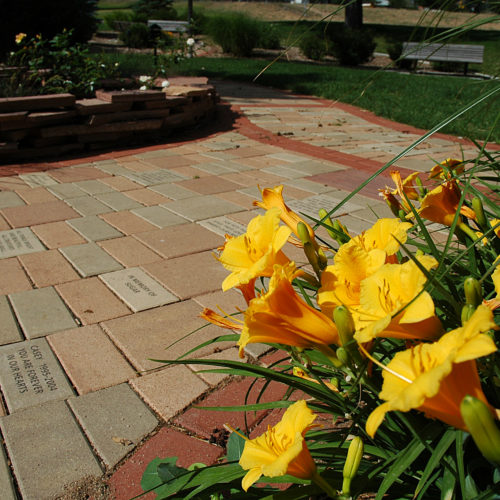 CSU Veterinary Teaching Hospital - Memorial Garden