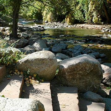 Eben Fine Park boulder river access