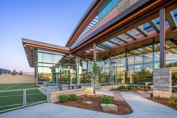 UCHealth Steadman Hawkins Patio