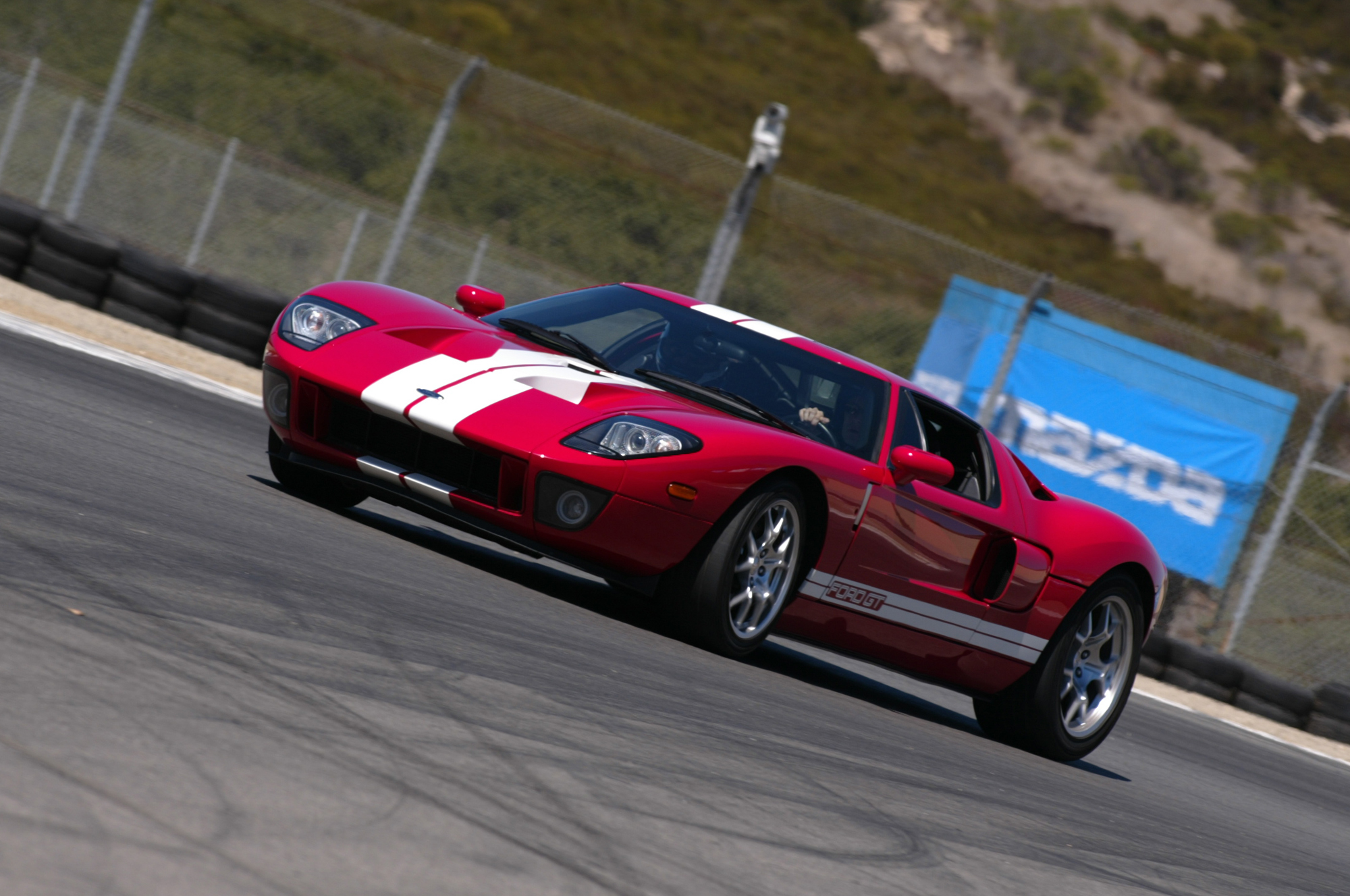 2005 Ford GT Red GT4