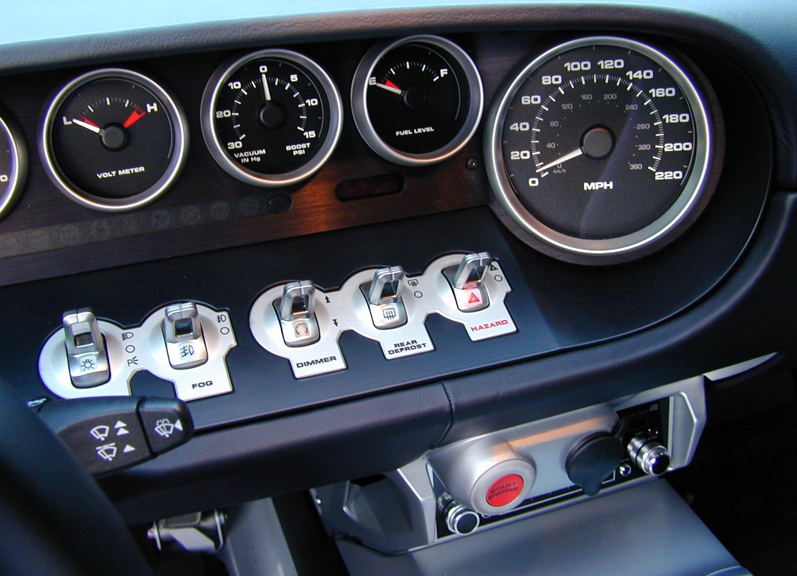 2005 Ford GT Gauge Cluster