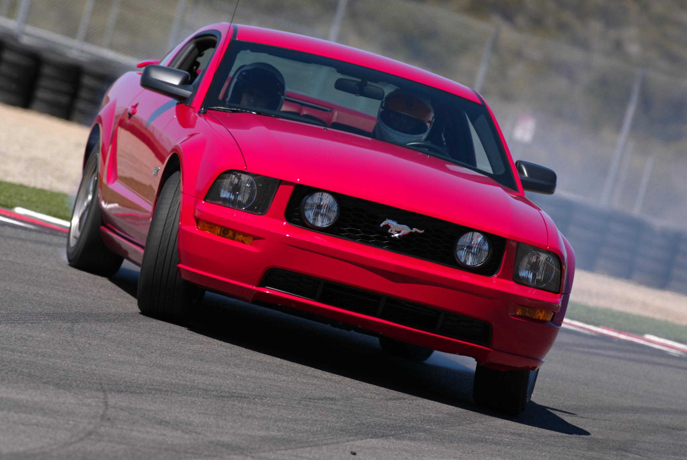 2005 Ford Mustang Laguna Seca