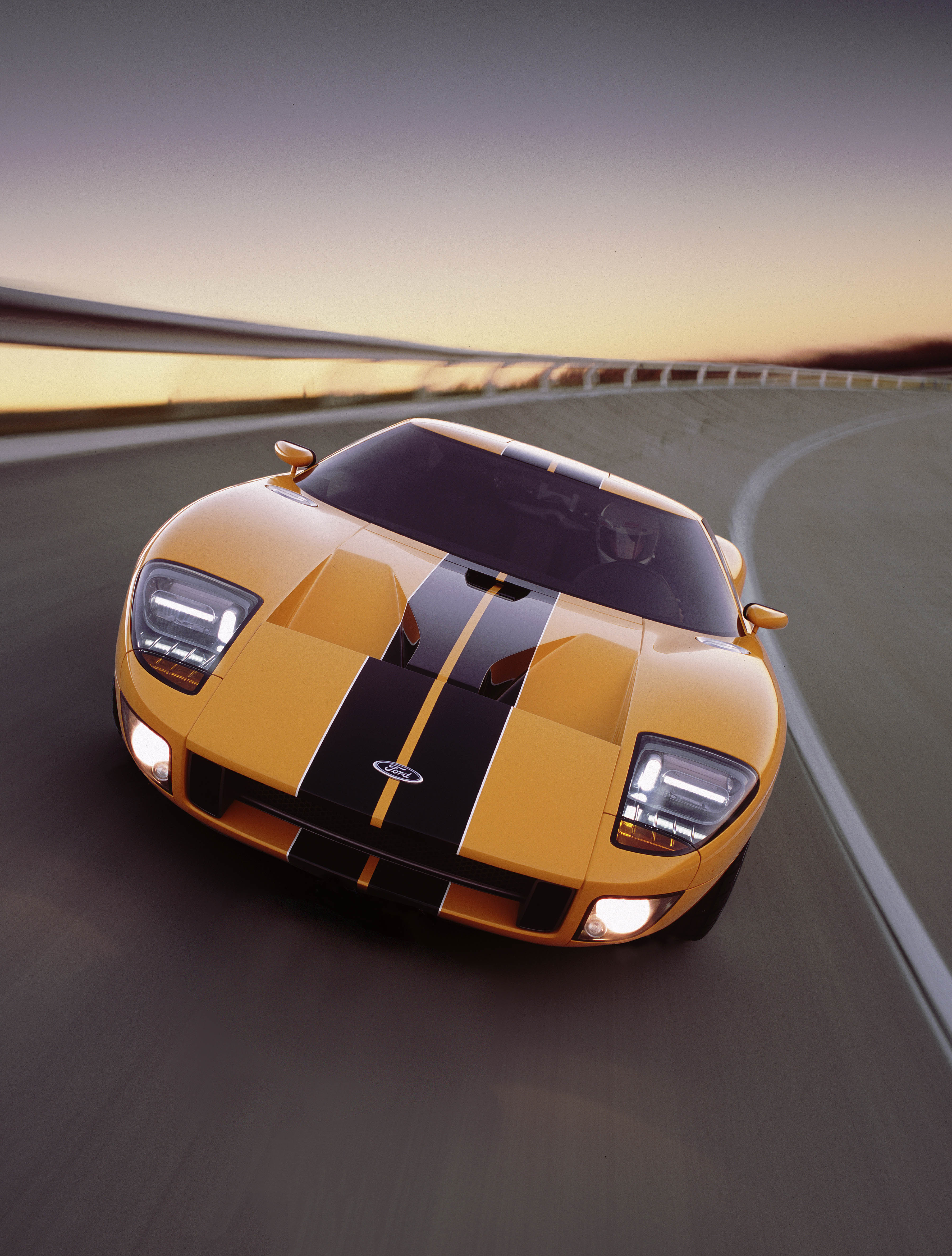 Ford GT40 Concept Front Yellow
