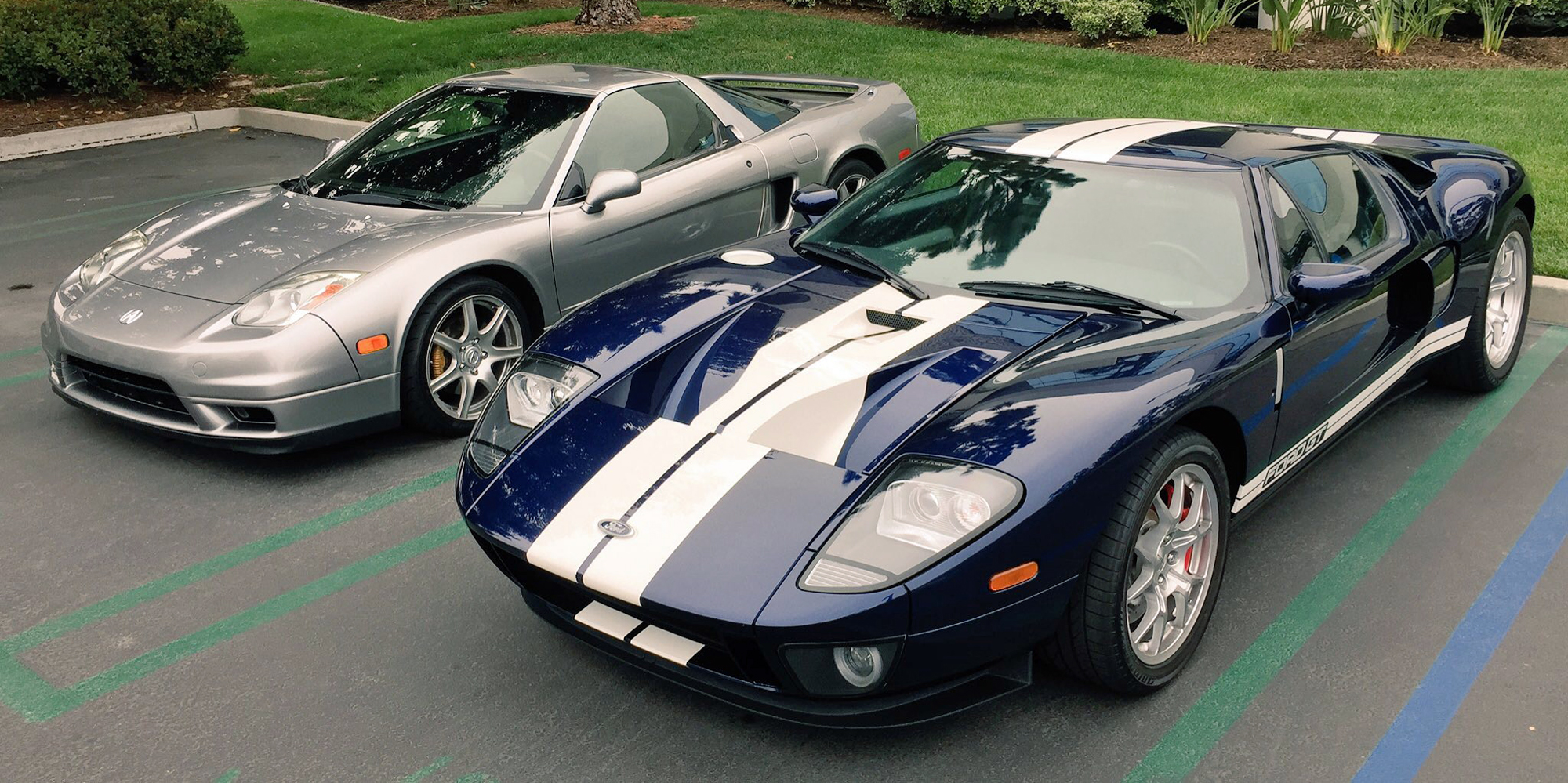 2005 Ford GT 2005 Acura NSX
