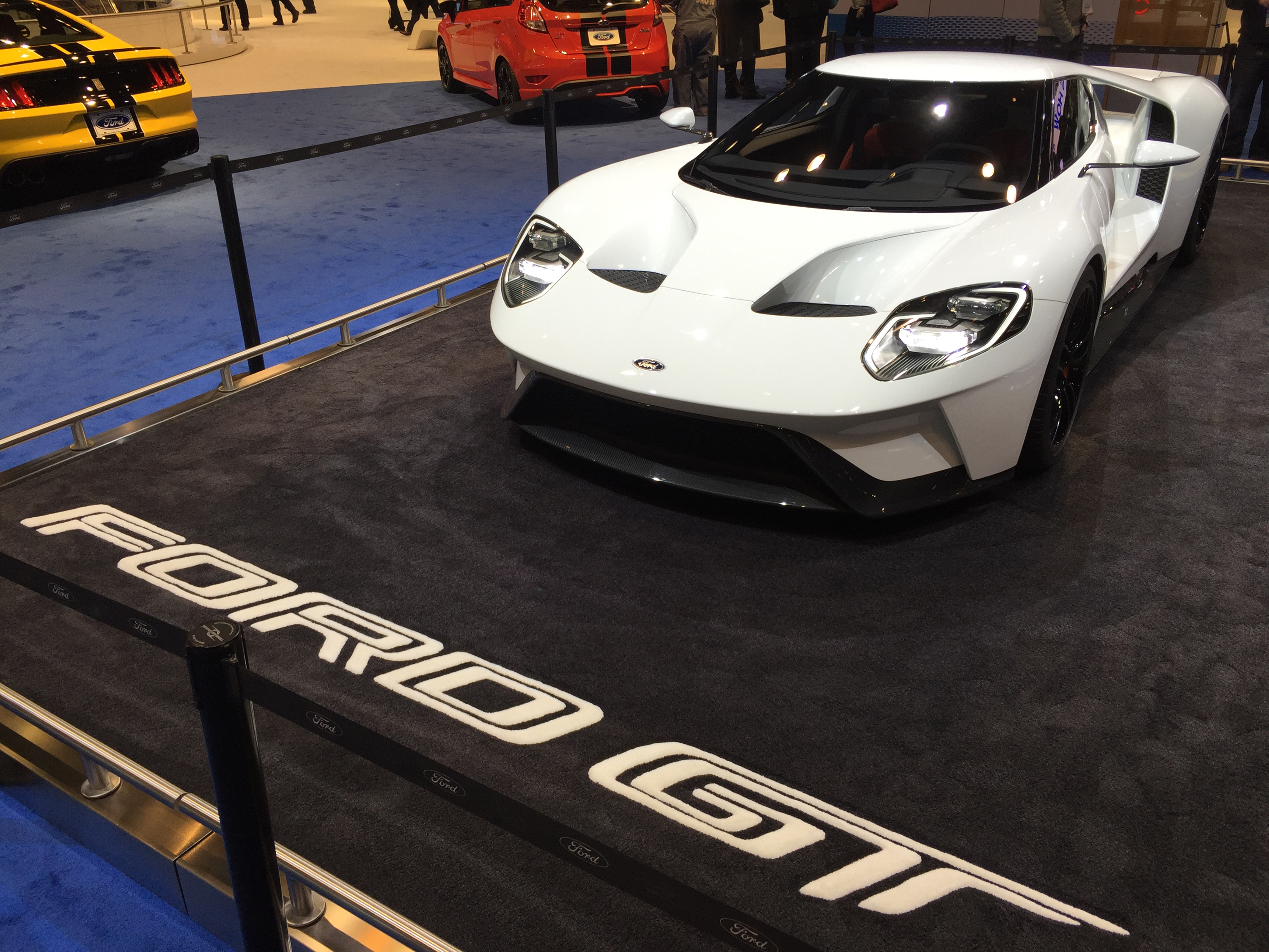 2017 Ford GT White Chicago Auto Show
