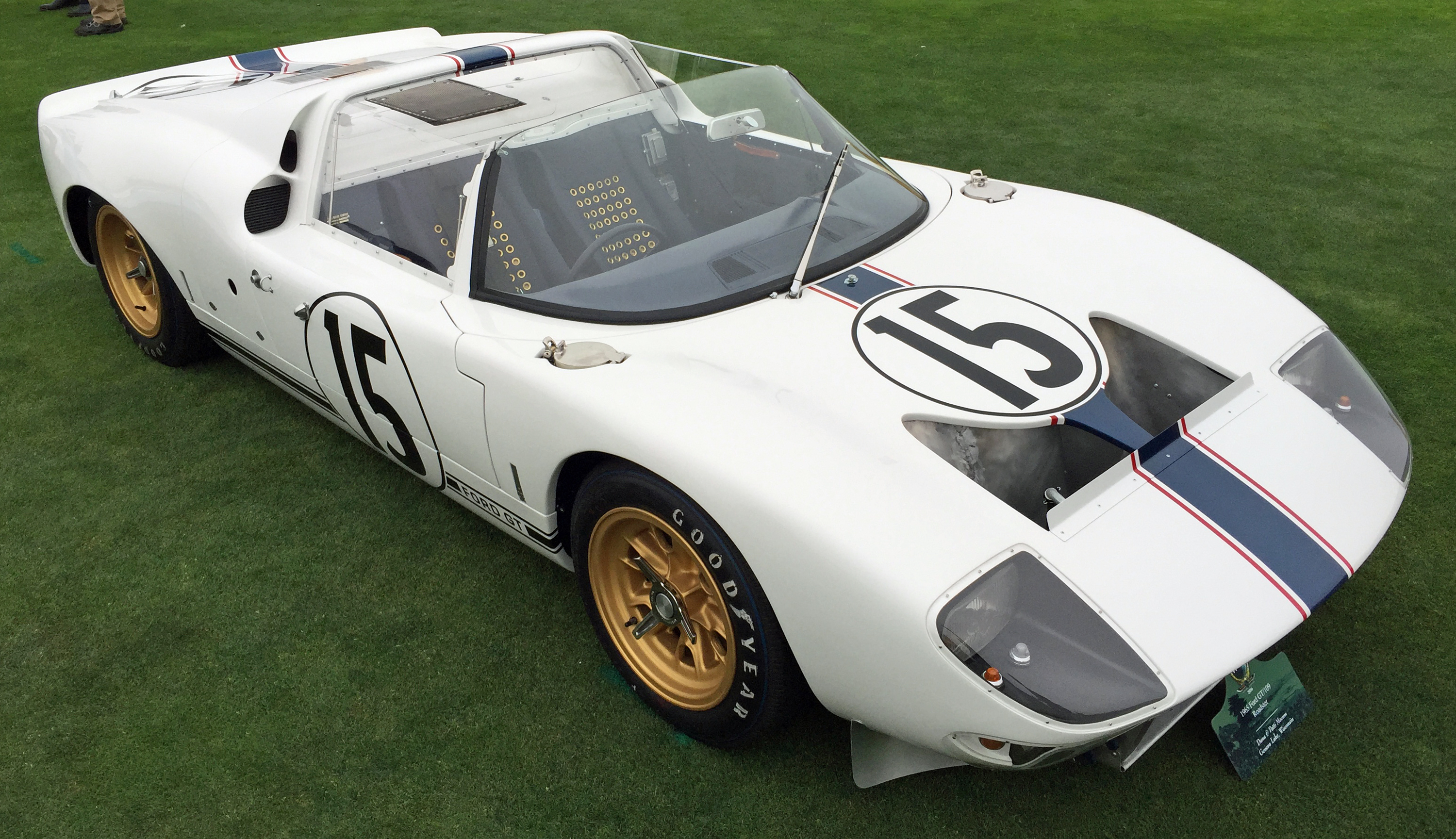 Ford GT40 Pebble Beach Roadster
