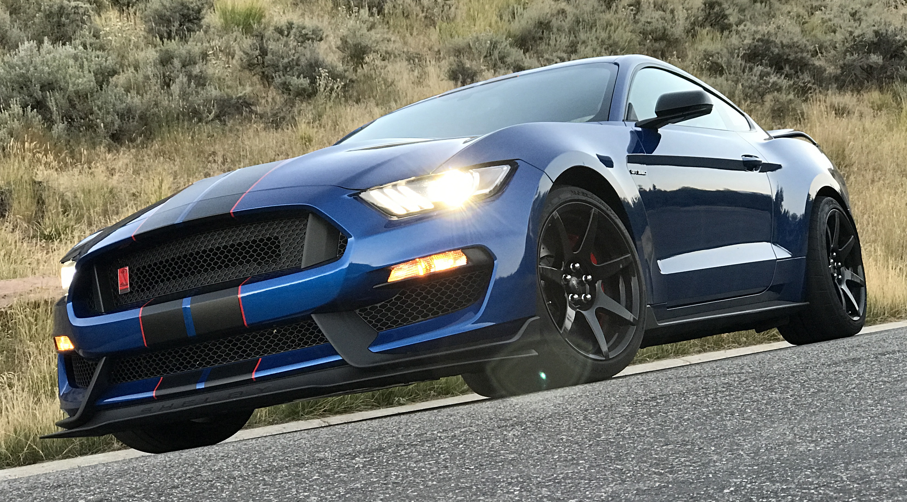 2017 Ford Mustang Shelby GT350R Front