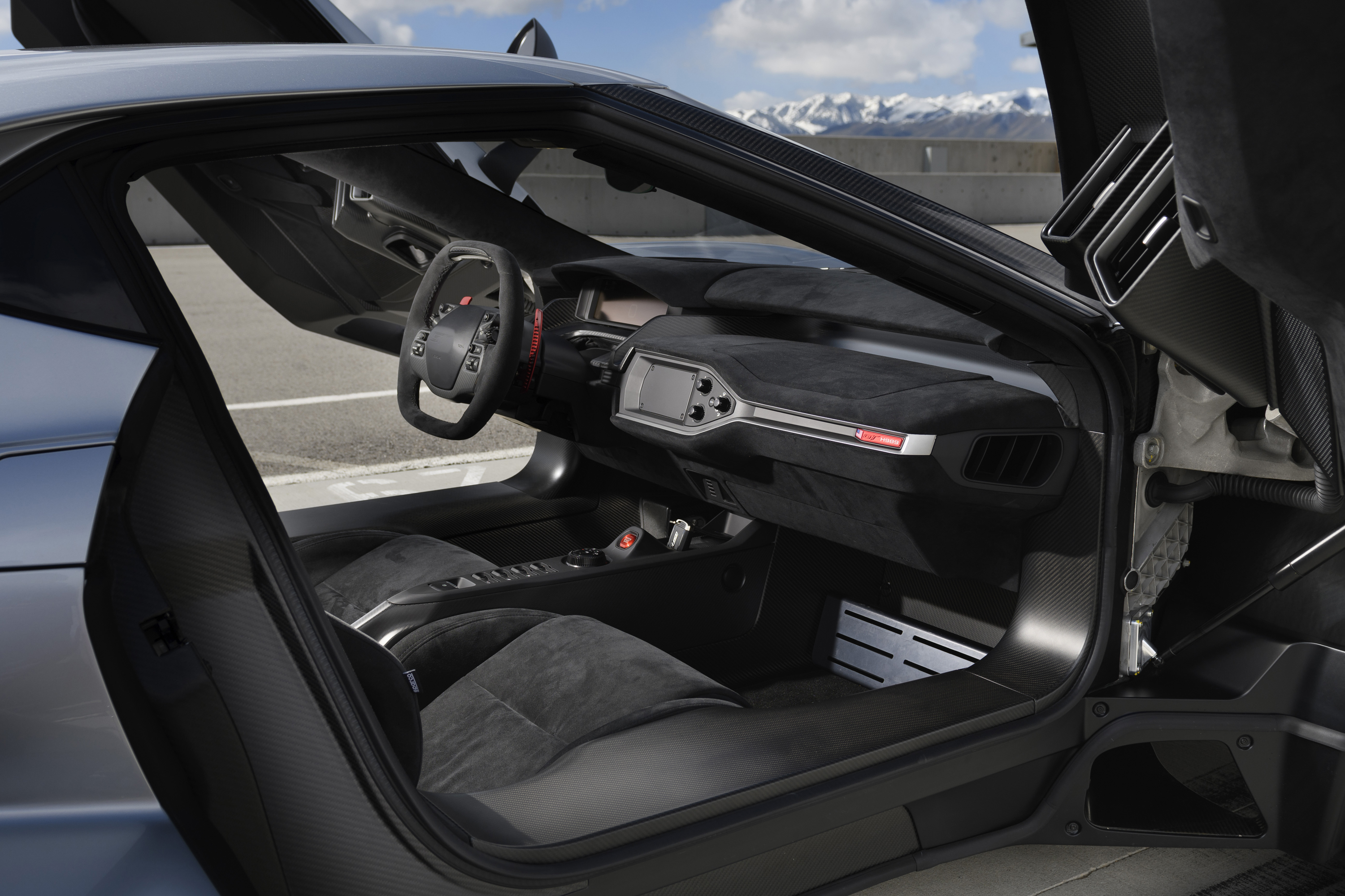2018 Ford GT Competition Interior