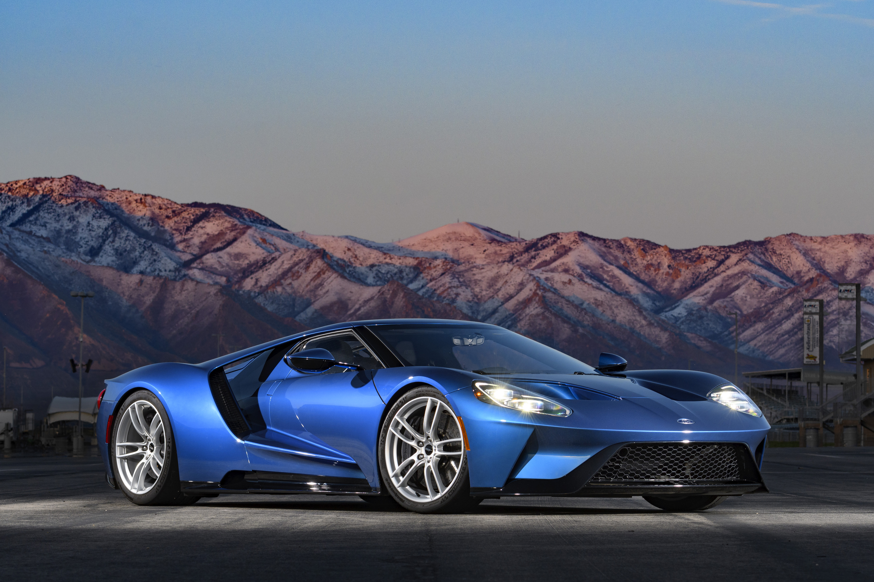2017 Ford GT Liquid Blue No Stripes