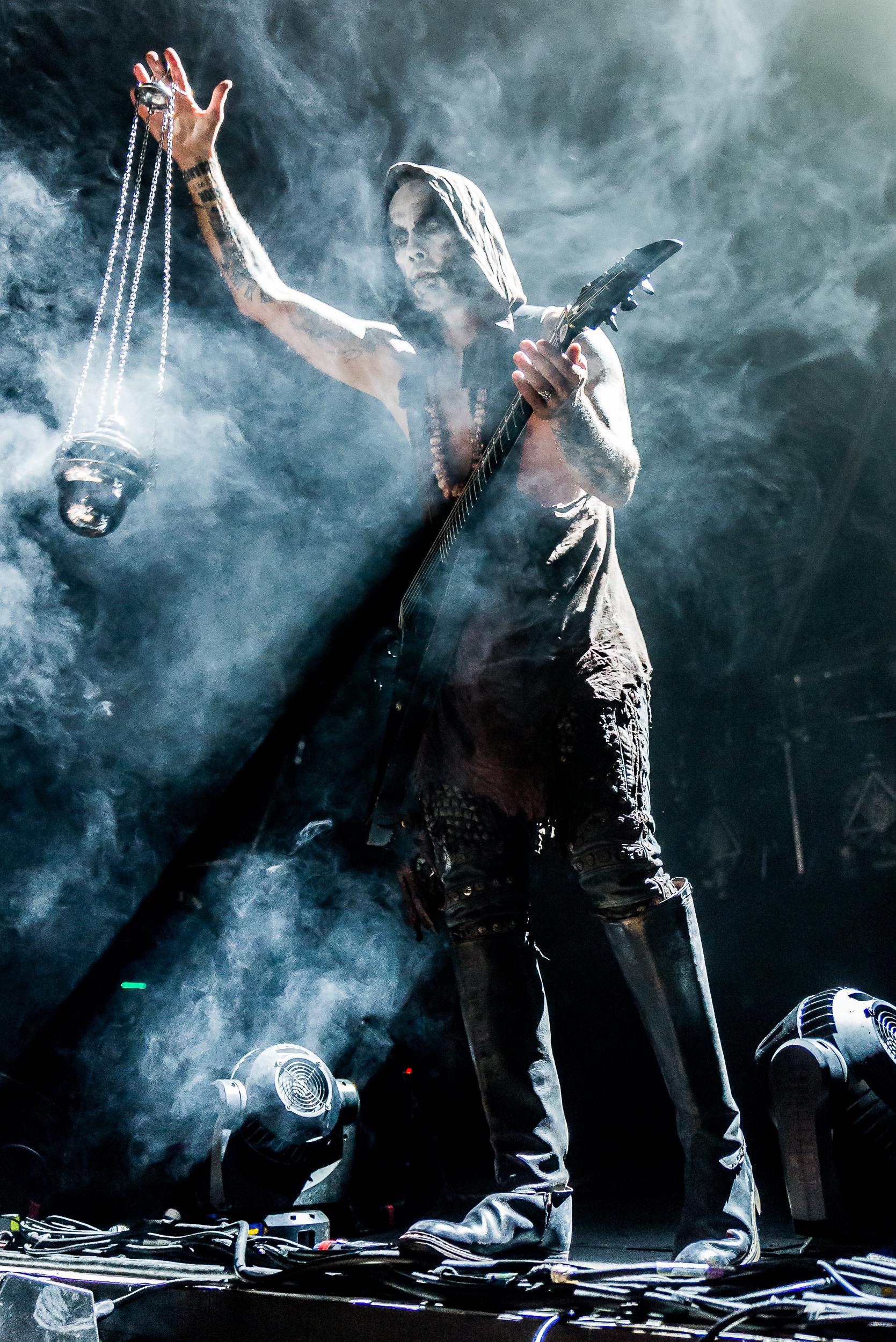 Slayer-LOG-Behemouth-Mag–3