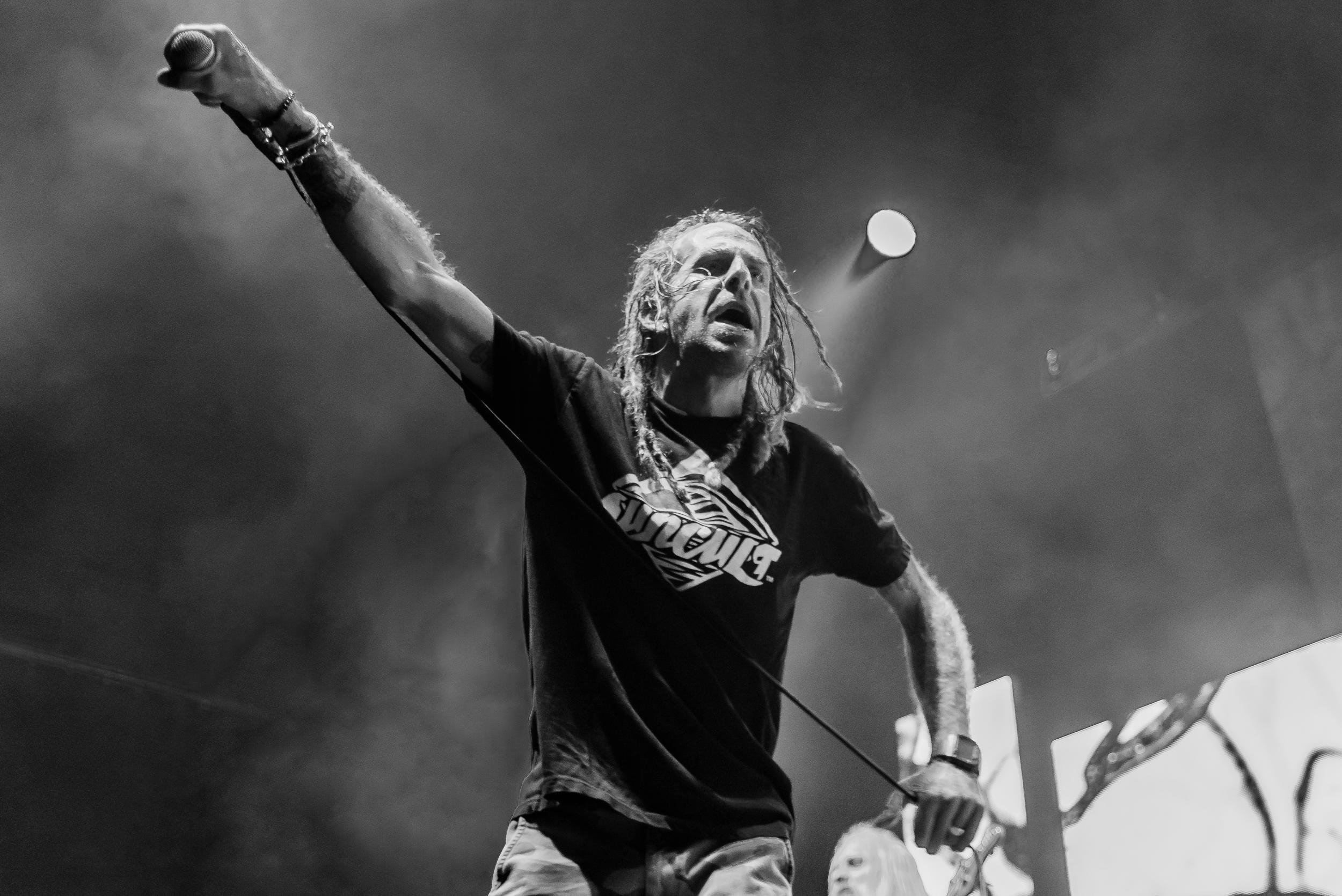 Slayer-LOG-Behemouth-Mag–4