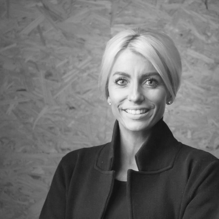 Portrait of Nicole Thompson - Marketing & Business Development