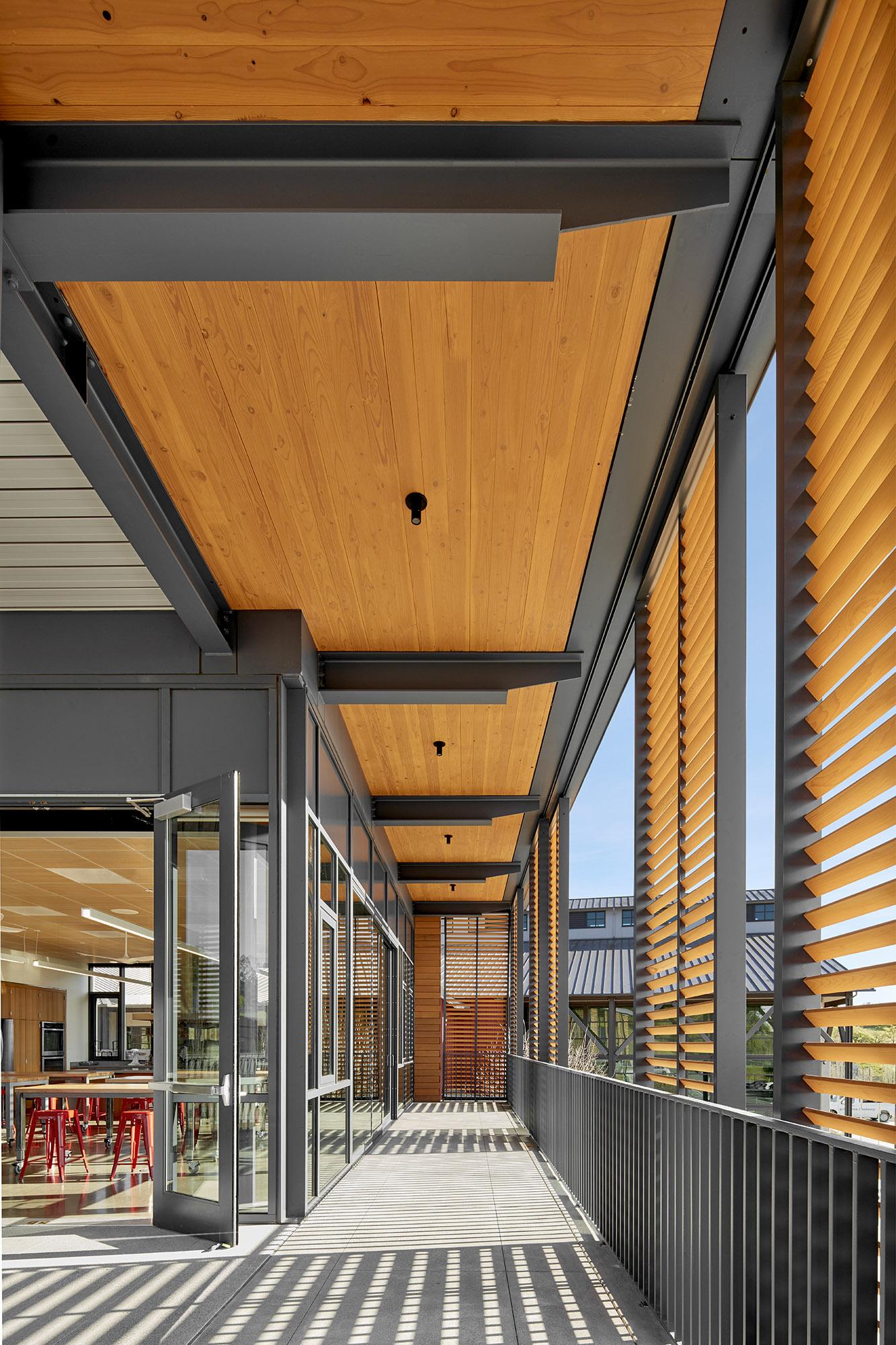 Sanoma Academy Exterior 10