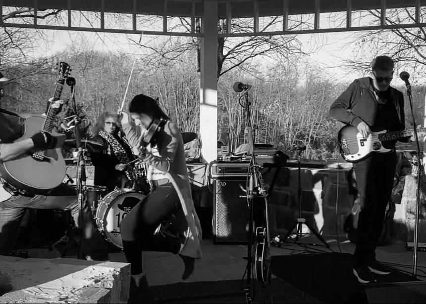 Outdoor Show @ Silo Falls