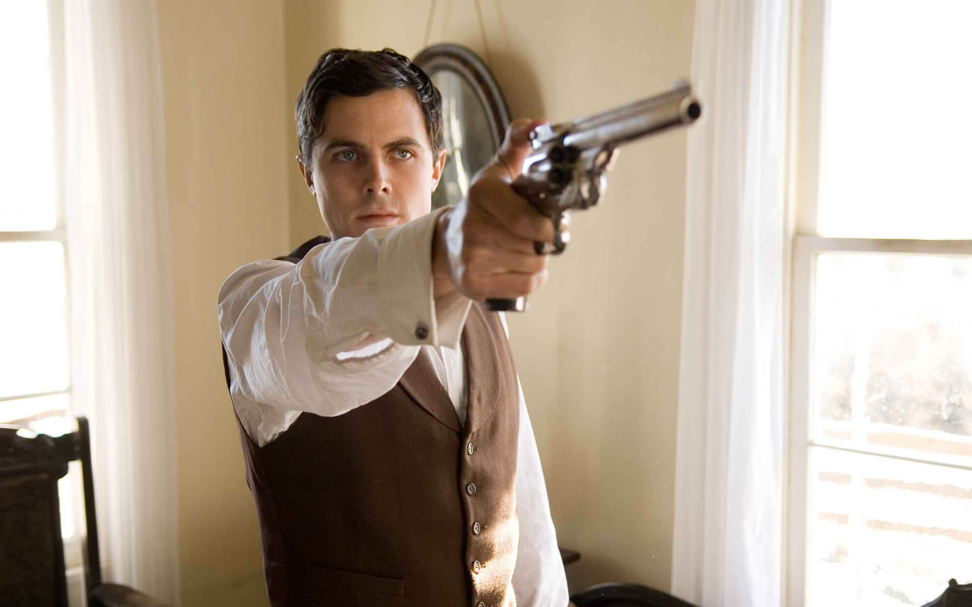 Casey Affleck drawing gun in The Assassination of Jesse James by the Coward Robert Ford (2007)