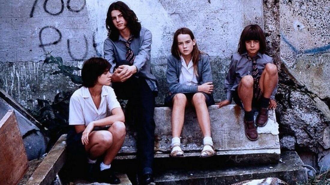 THE CEMENT GARDEN [1993]