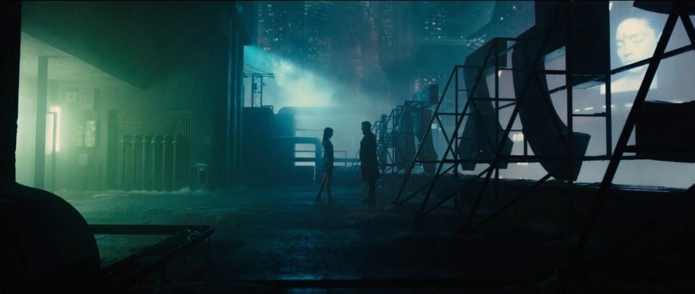 Ana de Armas and Ryan Gosling in Blade Runner 2049.