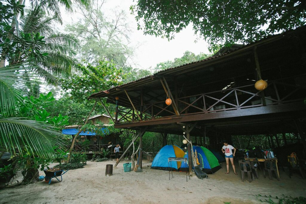 Camping under the long house