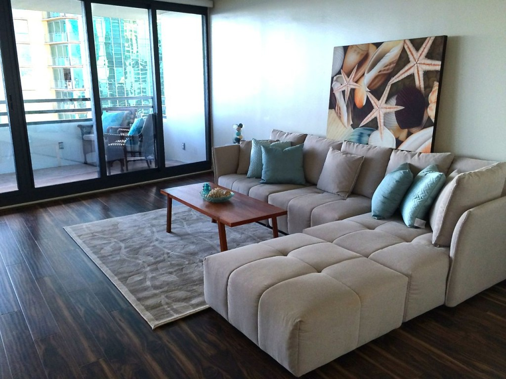 Luxury condo Honolulu - Nauru Tower 3001 - living room1