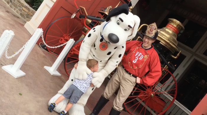 KIDS CONNECTION: Fireman's Landing with The Funny Hyper Magic Kids