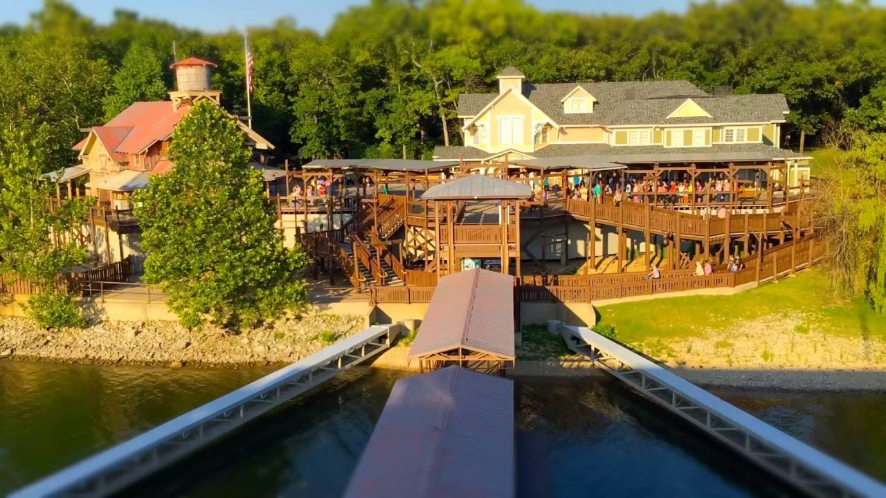 Branson Missouri Showboat White River Landing (2016)