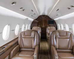 Interior of 2009 RAYTHEON HAWKER 4000 - N699AK