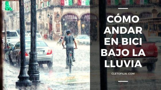 andar en bici bajo la lluvia