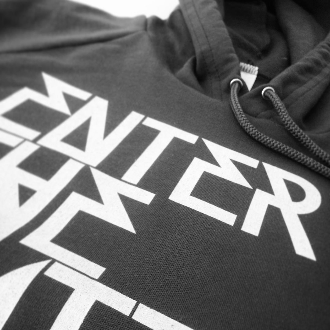 1 colour hoodie print.