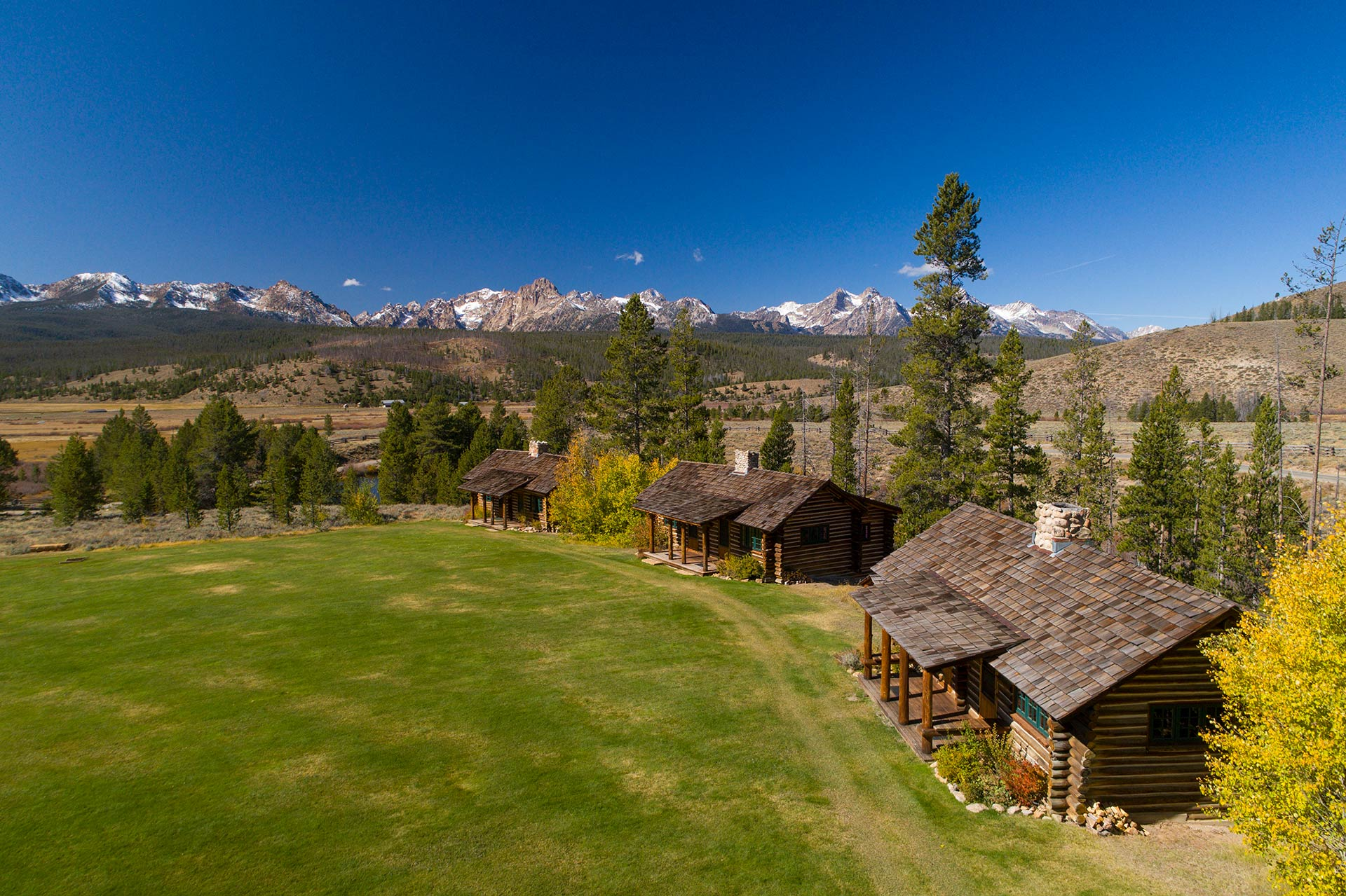 Idaho Rocky Mountain Ranch offers luxury cabins in stanley idaho set in the sawtooth mountains