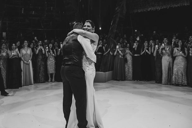 matrimonio de Edison Flores y Ana Siucho