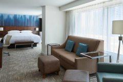 Guestrooms-RENAISSANCE-TORONTO