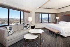 Guestrooms-SHERATON-ANCHORAGE