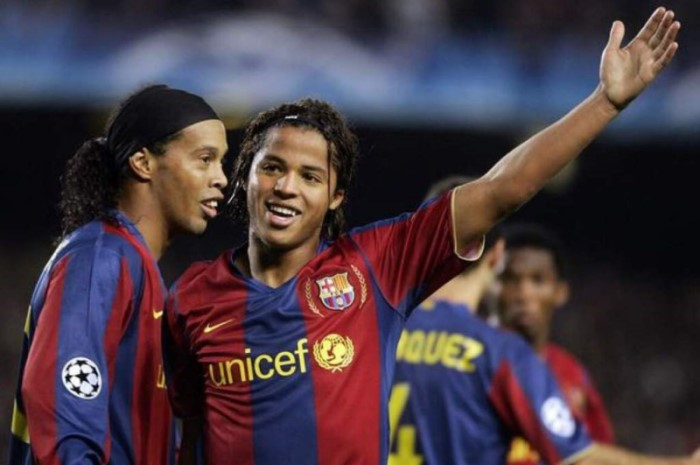 Giovani y Ronaldinho en el Barcelona