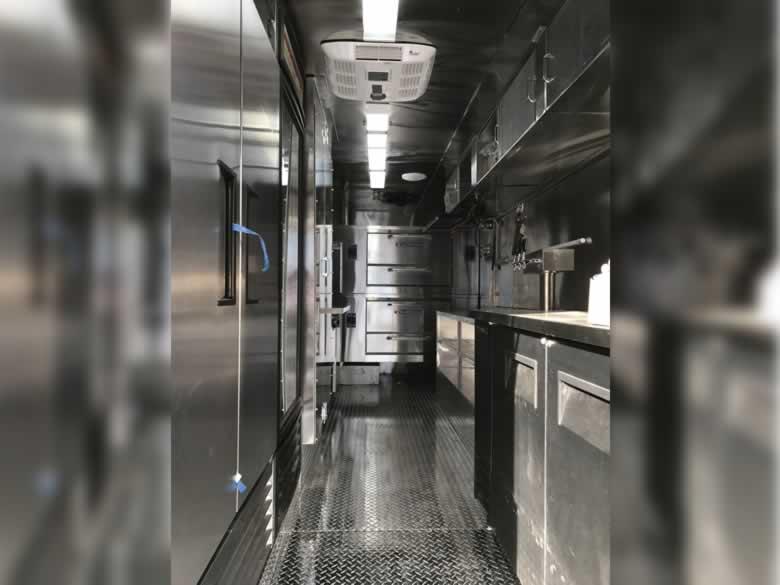 Pizza Famigilia Truck 06