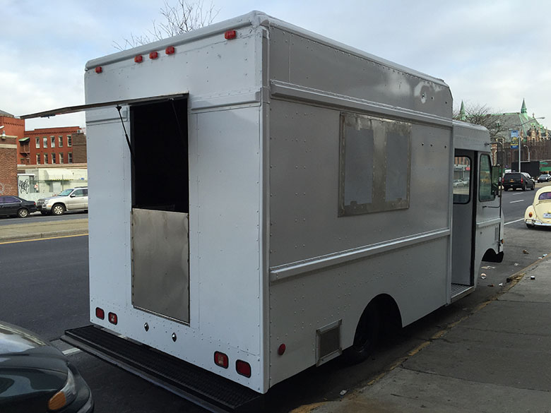 Hapa Food Concept Food Truck 02