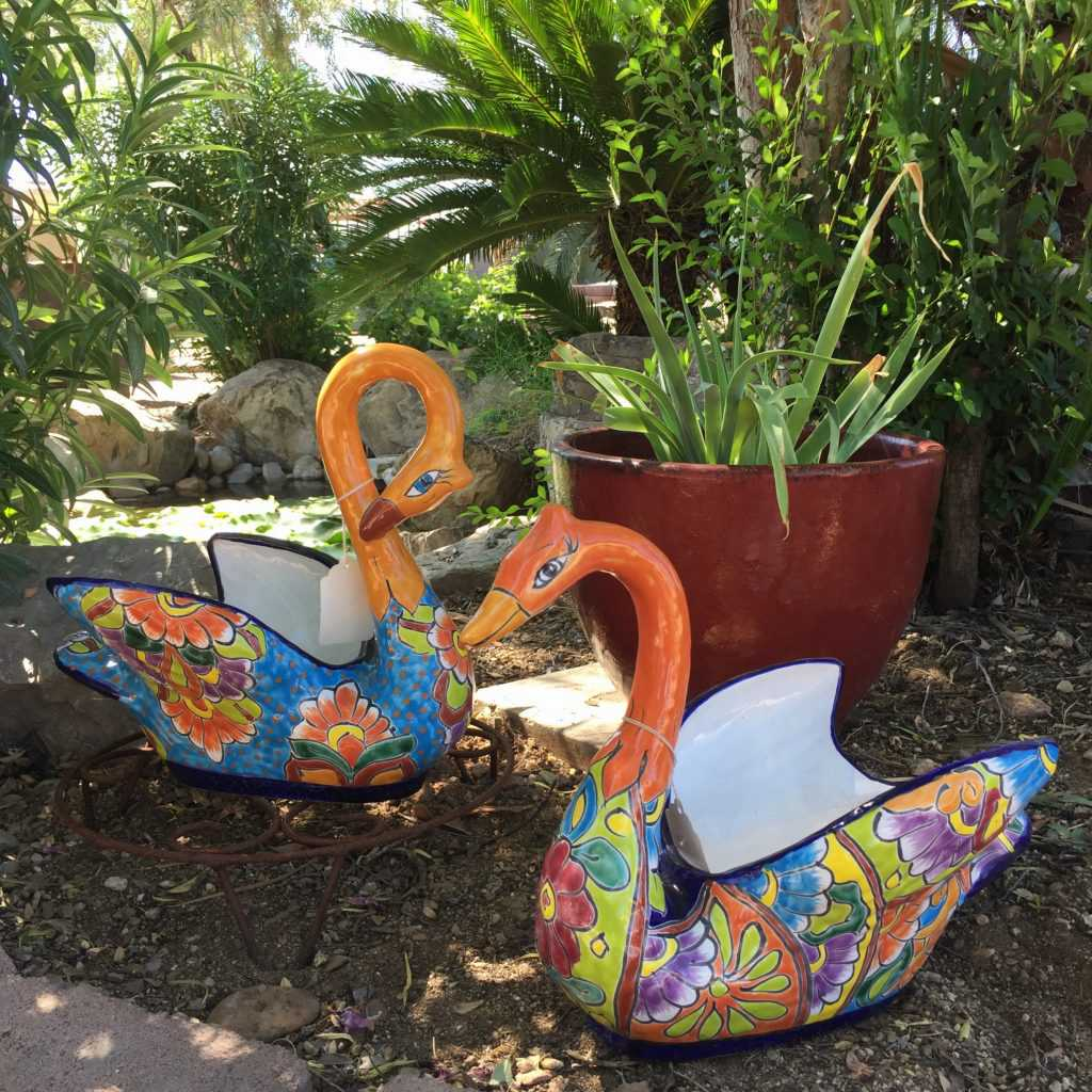 Talavera Swan Planter