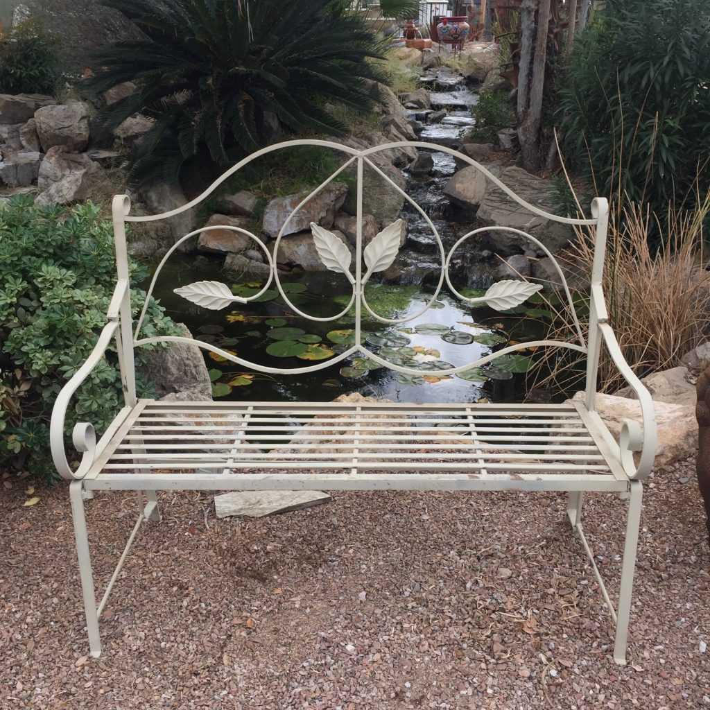 Foldable Leaf Bench