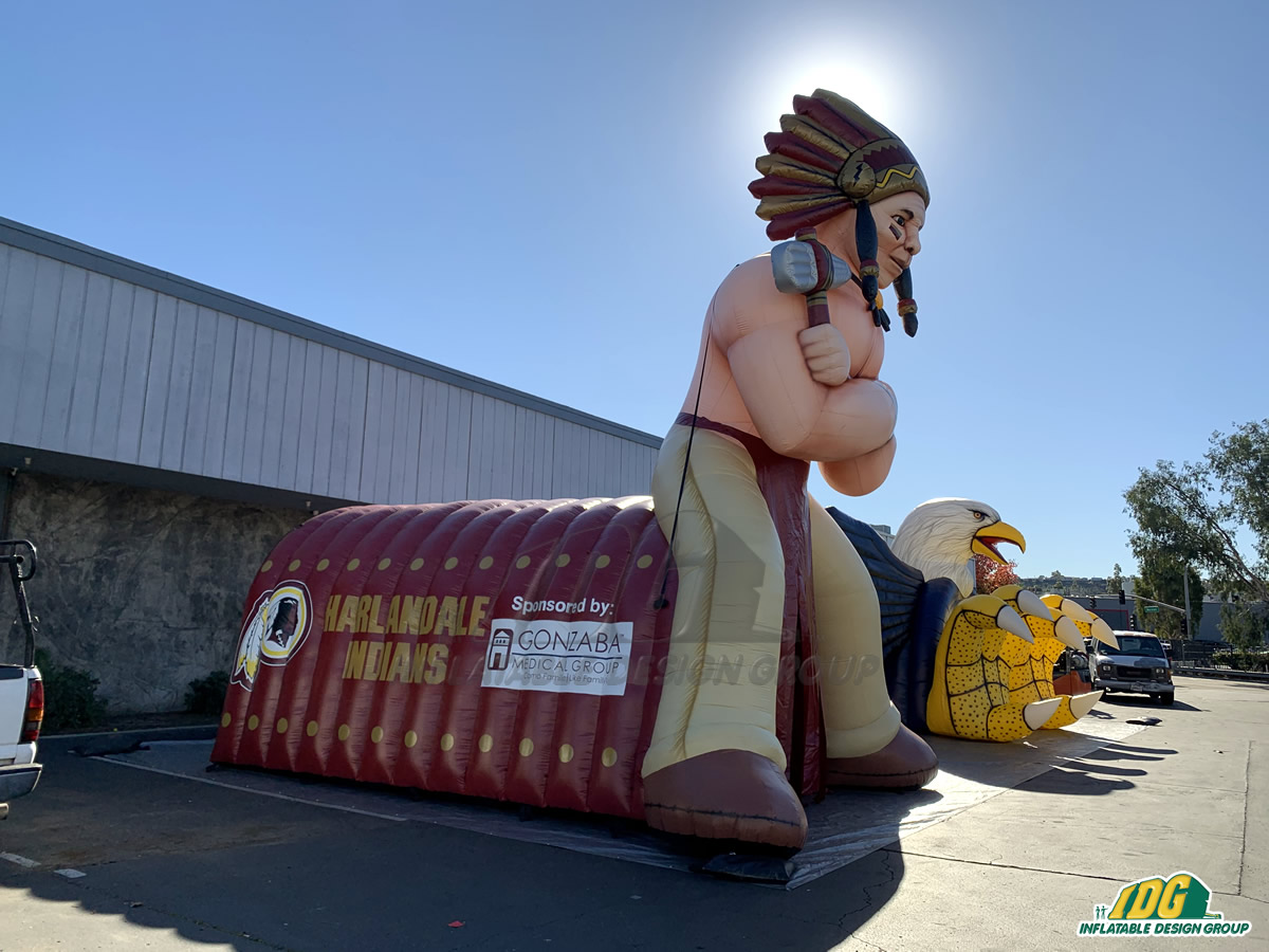 Harlandale HS Inflatable Indian Tunnel