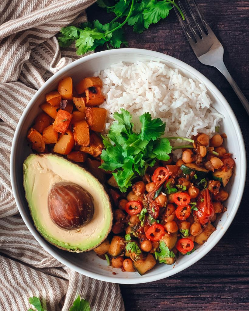 Roasted Butternut squash and Chickpea buddhabowl 1