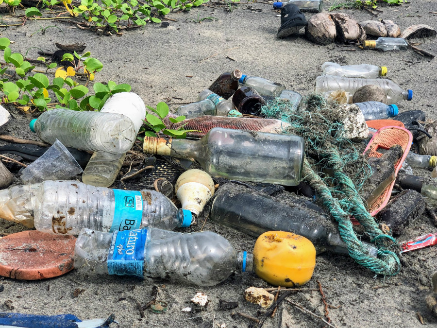 No more single-use plastic – Plastic Ban